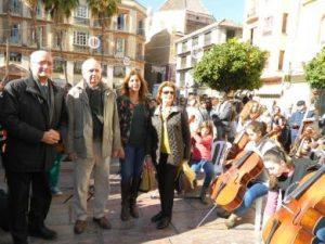 MÁLAGA POR LA MÚSICA: Concentración de músicos de cuerda.