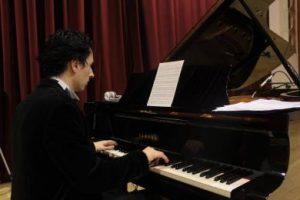 BOHDAN SYROYID AL PIANO